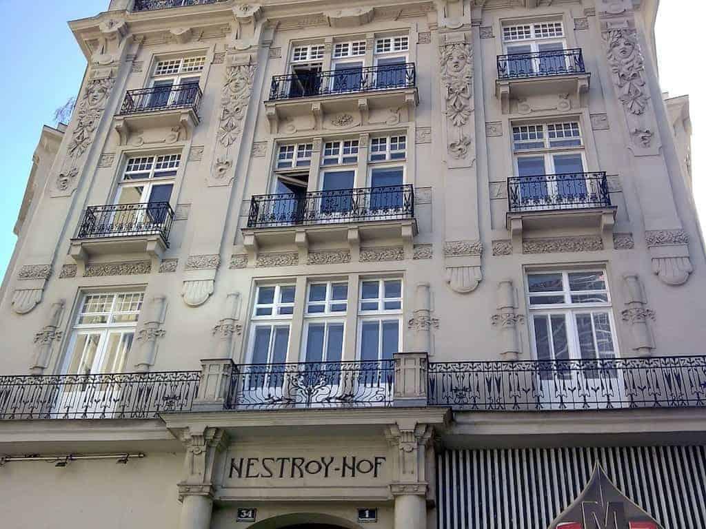 Nestroyhof