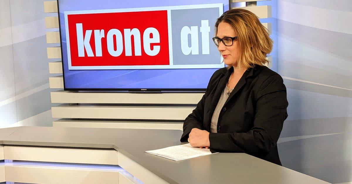 """Mag. Marion Breitschopf ist eine von """"Mehr als 20 Politikexpertinnen"""""""